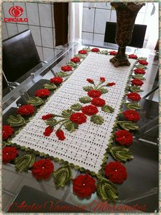 Best 11 Crochet Christmas 3 D Flower – SkillOfKing.Image gallery – Page 564638872018152133 – ArtofitThis Pin was discovered by RocThis variety of pets is cute! Crochet Table Runner, Crochet Tablecloth, Crochet Doilies, Crochet Flower Patterns, Crochet Designs, Crochet Flowers, Diy And Crafts, Paper Crafts, Crochet Bedspread