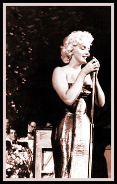 Marilyn Monroe singing at the Friars Club Testimonial Dinner, March 11, 1955.