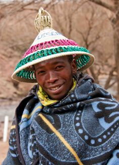 Semonkong Cub Scouts Bear, Columbus Travel, African Tribes, African Culture, People Of The World, South Africa, African Fashion, Winter Hats, History