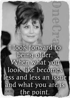 Susan Sarandon. I love this woman. So classy.