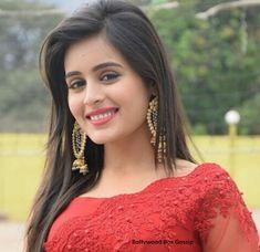 Beautiful model and Hindustan synthetic body - Sweety Hindustan Beautiful Girl Indian, Beautiful Girl Image, Most Beautiful Indian Actress, Beautiful Gorgeous, Beautiful Actresses, Simply Beautiful, Beautiful People, Beautiful Women, Stylish Girl Images