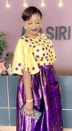 Sagne sé African Maxi Dresses, African Attire, African Wear, African Women, African Print Fashion, Africa Fashion, African Blouses, Africa Dress, Culture Clothing
