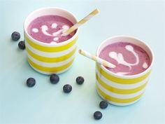 Mustikkapiimä on raikas juoma, joka maistuu kesälle. Tee se suoraan lasiin tai…