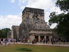 Chichen Itza que significa en lengua Maya: Boca del pozo de los brujos del agua.