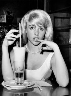 Sue Lyon at the 1962 premiere of Stanley Kubrick's Lolita