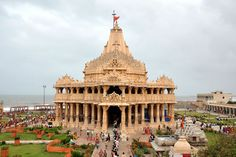 Somnath Temple is one of the great temples which is included in twelve Jyotirlinga holy place of Shiva. You can see beautiful images of Somnath Mandir. Temple India, Indian Temple, Hindu Temple, Tourist Spots, Vacation Spots, Best Places To Travel, Places To Visit, Mother India, Castles