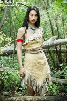 Pocahontas by Vanessa Wedge Cosplay, Photo by KL Media