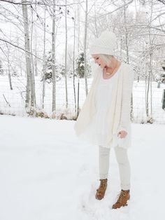 Shell Skinny Pants, big cardigan and white tunic Big Cardigan, Sweater, What I Wore, What To Wear, Dark Winter, White Tunic, Comfortable Fashion, Winter Wardrobe, Fashion Outfits