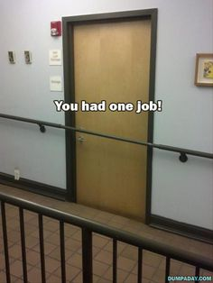 These people only had one job and they couldn't even do that. You had one job people. Carne Asada, Construction Fails, Job Fails, Job Humor, Ecards Humor, Nurse Humor, Most Viral Videos, You Had One Job, Jobs