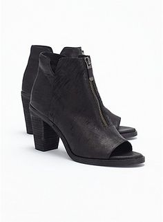 Clique Bootie in Italian Intaglio Leather | Eileen Fisher