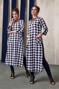 Super skirt white and black simple 29 Ideas Printed Kurti Designs, Simple Kurti Designs, New Kurti Designs, Kurta Designs Women, Kurti Designs Party Wear, Sleeves Designs For Dresses, Dress Neck Designs, Blouse Designs, Long Kurti Patterns