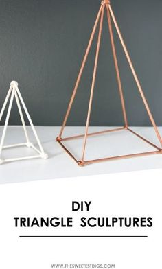Trying to figure out how to style your shelves? Make these DIY geometric triangle sculptures out of skewers, hot glue, and spray paint. Gold Diy, Home Decor Items, Diy Home Decor, Room Decor, Diy Spring, Geometric Sculpture, Geometric Decor, Geometric Shelves, Do It Yourself Crafts
