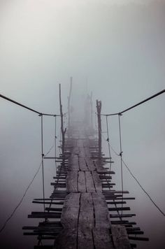 nature                                                                                                                                                                                 Más A Bridge, High Bridge, Pedestrian Bridge, Fog Images, Dark Images, Nature Images, Scary Bridges, Old Bridges, Fog Photography