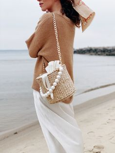 Excited to share this item from my shop: Womens Straw Bucket Bag, Beaded Straw Bag, Round Straw Handbag Pearl Handle Cute Casual Outfits, Stylish Outfits, Straw Handbags, Summer Accessories, Cloth Bags, Mantel, Bucket Bag, Knitted Hats, Diana