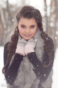 Liza portrait, girl, winter, woman, snow, snowflakes