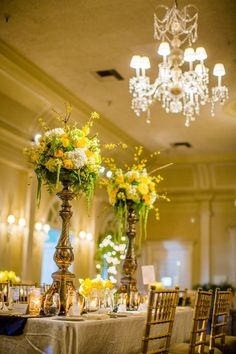 Tall Floral Centerpieces Like the drooping pieces lp