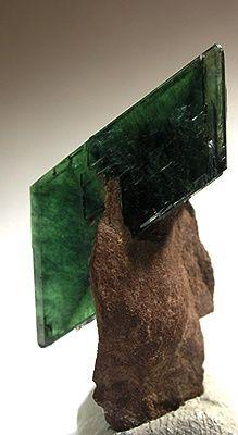 Doubly Terminated Matrix Vivanite - The Mineral and Gemstone Kingdom