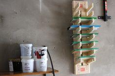 Handmade Squeegee Rack Diy Screen Printing, Screen Printer, Diy Home Improvement, Display Shelves, Art Tips, Room Organization, Carpentry, Digital Prints, Diy And Crafts