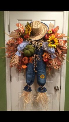 With pumpkins, fall flower greenery and his own person 28 wide scarecrow wreath. With pumpkins, fall flower greenery and his own person. Fall Mesh Wreaths, Diy Fall Wreath, Holiday Wreaths, Door Wreaths, Wreath Crafts, Wreath Ideas, Autumn Crafts, Holiday Crafts, Cowboys Wreath