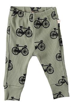 petit pantalon tres bobo !!