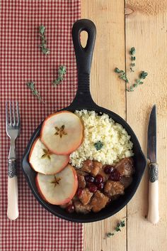 Couscous with Cranberry Pork&Apples By anna-mavritta Dinners, Meals, Brunches, Recipes From Heaven, Food Heaven, Couscous, Pork Recipes, Apples, Entrees