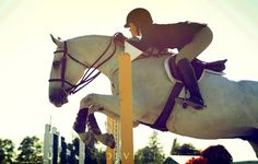Cassandra Kahle... One of the most talented riders that I know