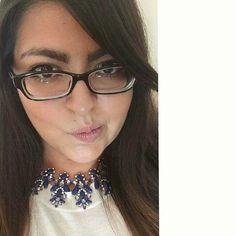 Because four eyes are better than two!  Corran al blog, porque acabo de subir un post con mis 10 mejores tips de maquillaje para #GirlsWithGlasses AllBeautyBlog.com  ¡Espero que les gusten y que les sea útil! Si se saben algun otro truco de maquillaje para las que usamos lentes, pueden dejarlo en los comentarios para compartirlo con todas.  #Makeup #BeautyBlogger #Blogger #Blog #Beauty #MUA #Brows #Glasses #Selfie #Tips #BloggerMexicana #MexicanBloggers