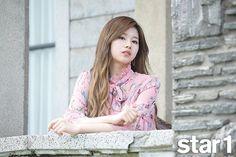 Sana (Twice) - Magazine June Issue South Korean Girls, Korean Girl Groups, Asian Woman, Asian Girl, Twice Photoshoot, Twice Group, Sana Minatozaki, Twice Sana, Nayeon