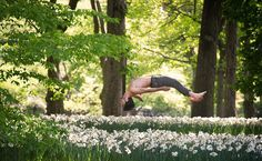 Jordan Matter's Dancers Among Us: ballet dancers striking amazing poses Photography Series, Dance Photography, Parsons Dance, Dancers Among Us, Central Park Nyc, New York Photographers, Dance Poses, Jolie Photo, Photo Series