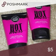 Perfectly Posh BFYHC Hot Mess Dry feeling hands deserve a dose of delicious, decadent moisture. With its blend of naturally based and quick-absorbing ingredients, like apricot kernel and coconut oils, plus vitamin E, and aloe vera, Hot Mess Big Fat Yummy Hand Crème leaves hands feeling soft and smooth without feeling gross and greasy, scented with a glam shamble of musky pink pepperpod. Apply generously as needed. Perfectly Posh Other