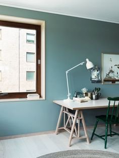 PJ60 table lamp by Box Arkitekter from Örsjö Belysning | A Nordic Home in Shades of Green - NordicDesign