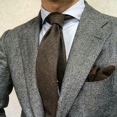 HINT OF RUST Take a look at this clean & sophisticated KING & BAY Flannel Suit. The unique shade of blue contrasts beautifully with the rust windowpane for a fantastic look Suit Fashion, Mens Fashion, Style Fashion, Flannel Suit, Outfits Hombre, Herren Outfit, Tie And Pocket Square, Well Dressed Men, Suit And Tie