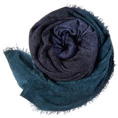 FALIERO SARTI Softer Schal 'Jara' aus Wolle-Seide Mix ► FALIERO SARTI vereint mit seinem Schal JARA einen hochwertigen Wolle-Seide Mix mit harmonischem Farbverlauf. Der gefranste Rand und die melierte Optik sorgen dabei für einen entspannten Charakter, der besonders gelungen in Casuallooks wirkt.