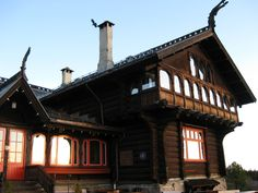 Dragestil = Norwegian Jugend - Frognerseteren i Oslo - http://www.byggogbevar.no/media/16533/frognerseteren.jpg