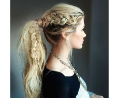 Braided Ponytail Ideas: 40 Cute Ponytails with Braids messy pony with a lacy side braid – Farbige Haare Second Day Hairstyles, Summer Hairstyles, Girl Hairstyles, Greek Hairstyles, Wedding Hairstyles, School Hairstyles, Wedding Updo, Headband Hairstyles, Hairstyles Haircuts