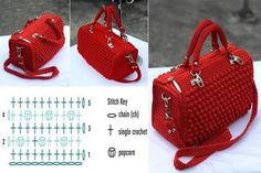 Very elegant and beautiful, this crochet bag. See how to make an elegant crochet bag. It's a wonderful crochet job. Surprise someone with this spectacular crochet bag. Crochet World, Crochet Handbags, Crochet Purses, Crochet Bag Tutorials, Crochet Patterns, Knitting Patterns, Free Crochet Bag, Crochet Bags, Bobble Stitch
