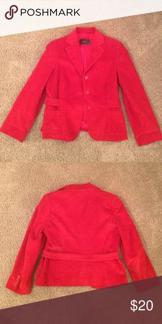 Kulson Italy Red Blazer. Size 6. Kulson Italy Red Blazer. Size 6. Corduroy feel. 98% Cotton. 2% Lycra. Perfect for dressing up an outfit! 42. kulson Jackets & Coats Blazers