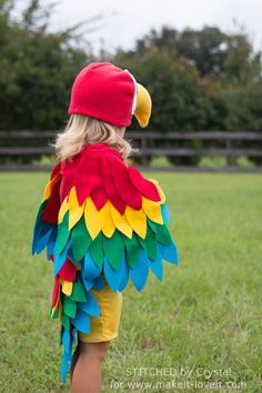 Sew an Easy Parrot Costume (perfect for Halloween or dress-up!)   via Make It and Love It
