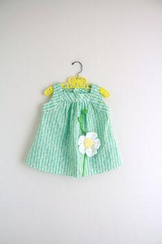Vintage Green Floral Dress .