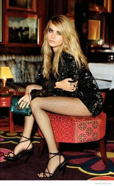 Behold: The Entire Cara Delevingne Topshop Holiday Campaign is Here. Christmas came early in the form of Cara Delevingne wearing novelty tights. Cara Delevigne, Cara Delevingne Style, Look Fashion, Fashion Models, High Fashion, Net Fashion, Fashion 2014, Latest Fashion, Fashion Beauty