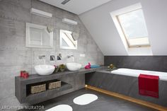 7 Loft Bathroom Design Ideas With Perfect Interiors Bathroom The loft bathroom is a perfect bathroom that can be used for the same purpose as any other bathroom. It has all the necessary things for a relaxing an. Cabin Bathrooms, Loft Bathroom, Bathroom Toilets, Laundry In Bathroom, Small Bathroom, Small House Interior Design, Apartment Interior Design, Home Interior, Bathroom Interior