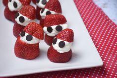 Gyors, mókás, meghökkent kis hadsereg eperből, és pillekönnyű habból! Raspberry, Strawberry, Keto, Fruit, Food, Essen, Strawberry Fruit, Meals, Raspberries