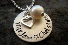 Namenskette mit Perle + Herz handgestempelt von Perlenhuhn auf DaWanda.com