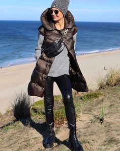 Mode Outfits, Fall Outfits, Mode Ab 50, Beach Vibes, Brown Fashion, Plaid Scarf, Winter Jackets, Style Inspiration, How To Wear