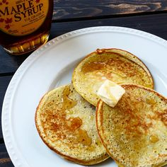 3-Ingredient protein pancakes to help you get your protein pancakes fix within minutes!