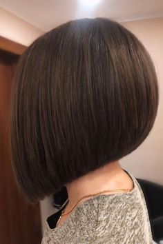"""If there's one sassy look, it's the angled bob. Not only is the angled bob seriously hairstastic, it also never goes out of style! If you have """"rocking the angled bob"""" on your bucket list, go ahead and pick one out from our collection of the hottest angled bob hairstyles we've ever seen. (Photo credit IG @vitaanastasiahair) Angled Bob Hairstyles, Latest Hairstyles, Angled Bobs, Out Of Style, Pick One, Short Hair Cuts, Hair Trends, Photo Credit, Angles"""