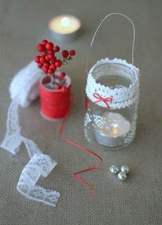 OK, so I can't read the source webpage, but excellent use for baby food jars!