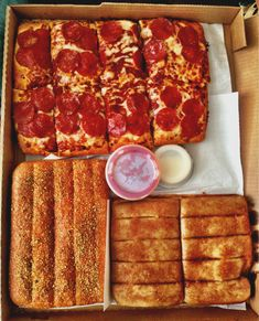 pinterest : @ hannahoteju ♡ Pizza is my everything