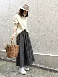 Improve How You Look With These Great Fashion Tips Short Girl Fashion, Modest Fashion, Skirt Fashion, Hijab Fashion, Fashion Outfits, Womens Fashion, Fashion Tips, Fashion Trends, Japanese Street Fashion
