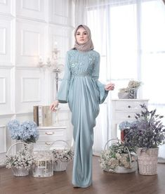 @minimalace Hijab Gown, Hijab Dress Party, Dress Brokat, Kebaya Dress, Abaya Fashion, Modest Fashion, Fashion Dresses, Moslem Fashion, Mode Abaya